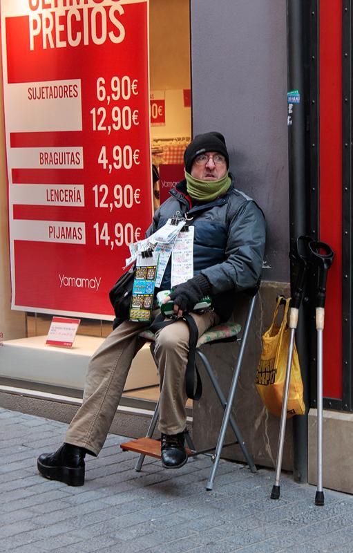 Straßenfotografie Losverkäufer